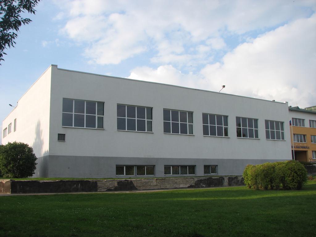 Musu-darbi-logi skolai